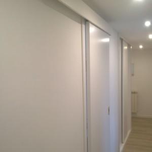 Detalle tapeta superior puerta corredera
