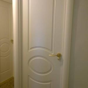 Puerta lacada ciega
