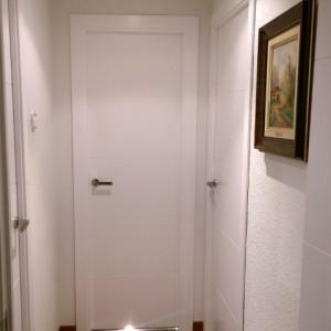 Puerta laminada blanca
