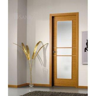 Puerta vidriera en madera de teka uniforme y decoración aluminio