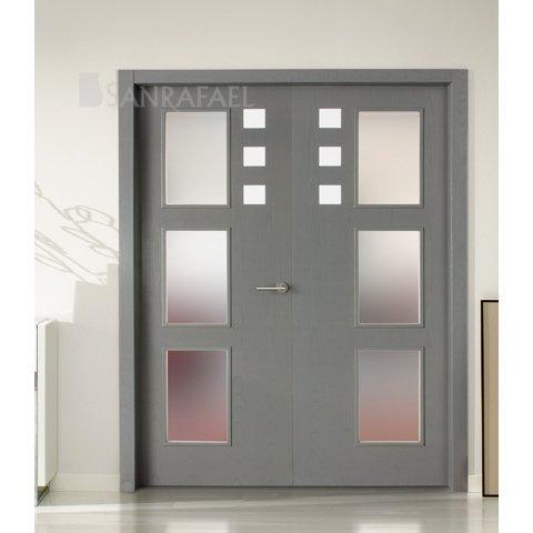 Puertas de madera tintadas en zaragoza expo puertas actur for Puertas grises de interior
