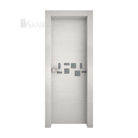 Puerta de diseño en tinte gris betulia