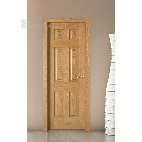 Puerta en madera de roble con tablero moldeado
