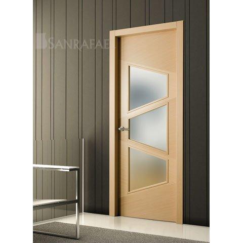 Puerta lisa vidriera en madera de roble decapé