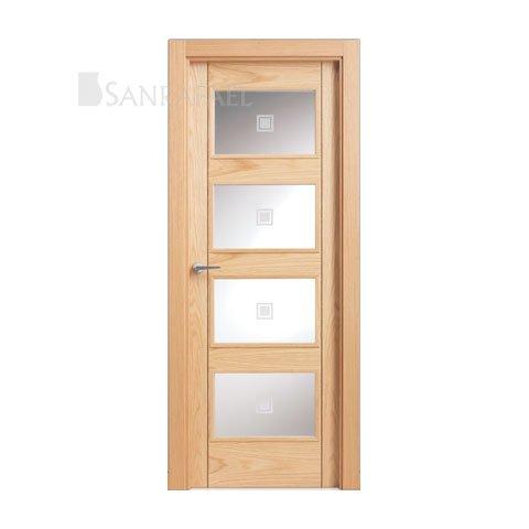 Puerta lisa vidriera en madera de roble