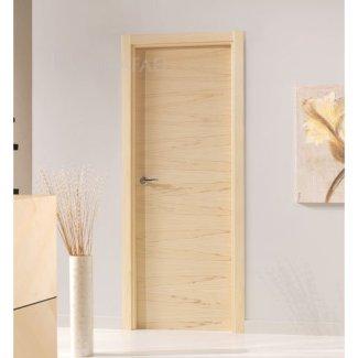 Puerta lisa en madera tulipie