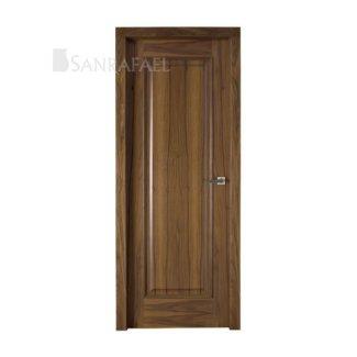 Puerta clásica en madera de nogal
