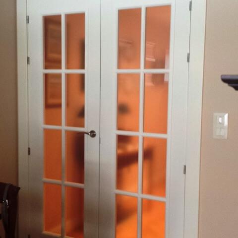 Puerta vidriera doble hoja v8