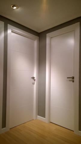 Serie lacada 9005 - Puertas ciegas