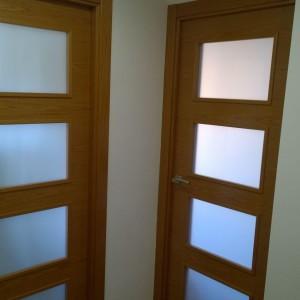 Puerta vidriera AV4